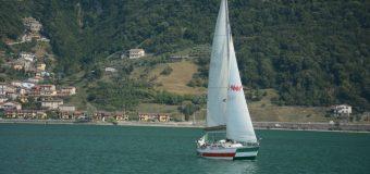 Gita in barca vela sul Lago d'Iseo